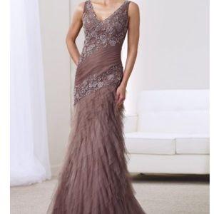 New montage dress size 16 color mink!!